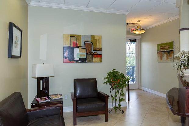 Delray-Beach-Executive-Offices-Reception-Area-Entrance
